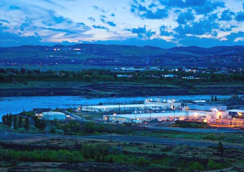 data center de google à Dalles dans l'Oregon au bord de la rivière Columbia